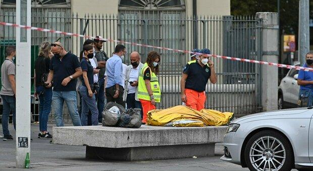 Torino, ucciso a coltellate in piazza: prima il litigio tra i banchi del mercato