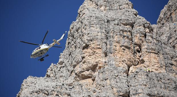 Due alpiniste in difficoltà sulle Tre Cime di Lavaredo: salvataggio a 2.450 metri di quota