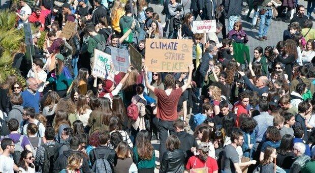 Clima, le associazioni chiedono legge quadro a governo e Parlamento: «Transizione sia giusta e inclusiva»