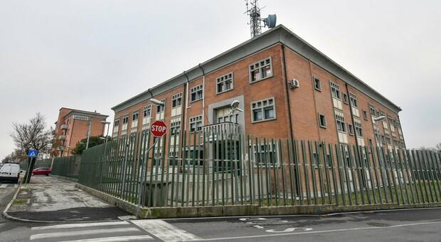 La caserma dei carabinieri a Sottomarina