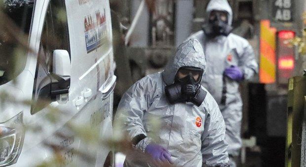 Spia russa avvelenata, inchiesta su 14 morti sospette. Londra aspetta chiarimenti da Mosca
