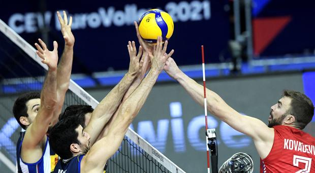 Europei pallavolo, la giovane Italia batte 3-1 la Serbia, è in finale con la Slovenia. Michieletto e Giannelli super