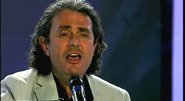 Napoli, morto Maurizio Nazzaro: da Sanremo a cantaNapoli, aveva 60 anni