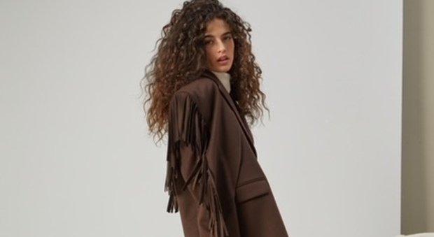 Blazer mania: come indossare la giacca per essere (sempre) alla moda