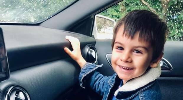 La tragedia. Tommaso Tiveron, il piccolo di 4 anni morto schiacciato da un cancello nel luglio 2019