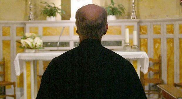 Sacerdote arrestato a Milano, è accusato di abusi sessuali su minori