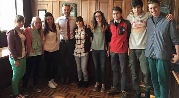 Nove studenti in soggiorno di studio in Inghilterra a ...