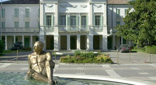 lo storico hotel Orologio in centro ad Abano