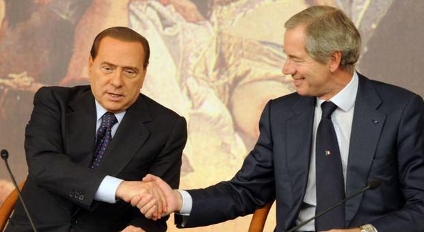 Forza italia l 39 ufficio di presidenza decide su bertolaso for Parlamentari forza italia