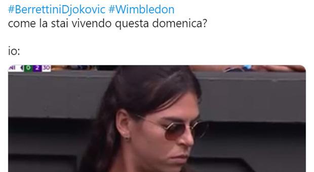 """Berrettini, la fidanzata """"preoccupata"""" in tribuna scatena i social: «Noi oggi come Ajla a Wimbledon»"""