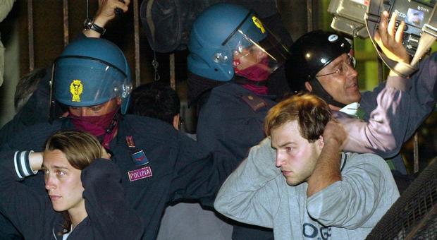 G8 di Genova, Procura della Corte dei Conti chiede 8 milioni ai poliziotti per pestaggi alla Diaz