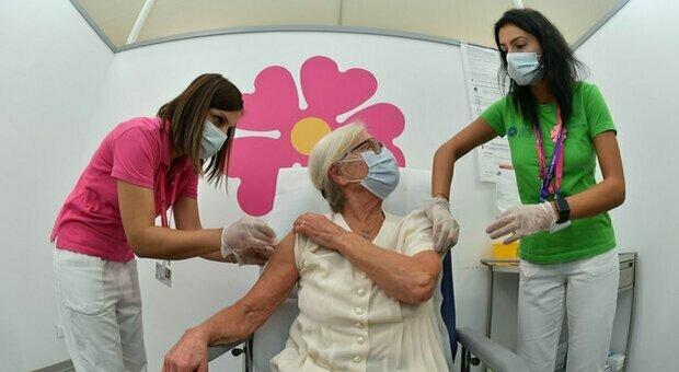 L influenza in città: «Meno mascherine, contagi in aumento»