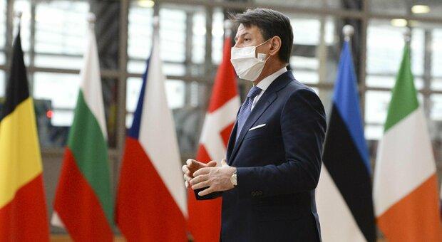 Vaccino, Conte: «Prime dosi a dicembre, ma per contenere la pandemia va attesa la primavera»