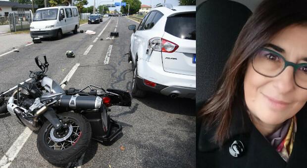 Barbara Monaco e la moto guidata dal marito
