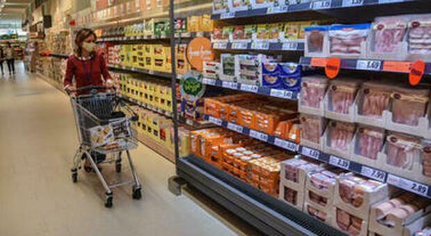 Sostenibilità, solo metà degli italiani compra alimenti pensando all'ambiente