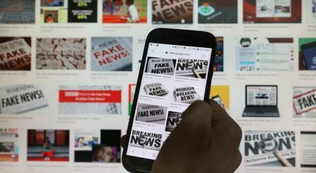 Internet, le fake news su Facebook ricevono 6 volte più click: lo studio