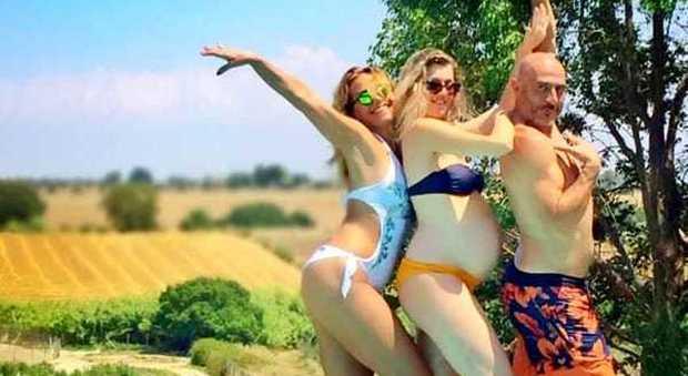 Barbara d 39 urso foto sui social il dettaglio non passa for Videos porno en las piscinas
