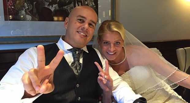 Matrimonio In Diretta : Matrimonio in diretta su facebook tanti clik per adrienne