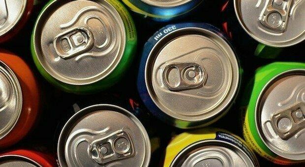 """Dieta """"zero calorie"""", gli effetti sulla linea del consumo eccessivo di bevande e cibi senza zuccheri"""