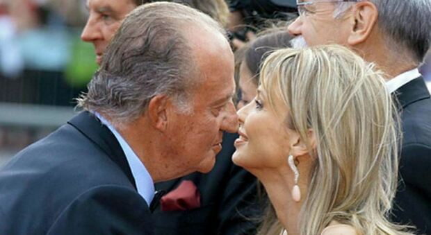 Juan Carlos, l'ex amante gli fa causa per molestie: «Otto anni di minacce e diffamazioni»