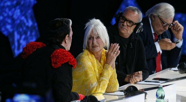 Mara Venier ospita Loretta Goggi a Domenica In: la polemica dopo l'esibizione a Verona