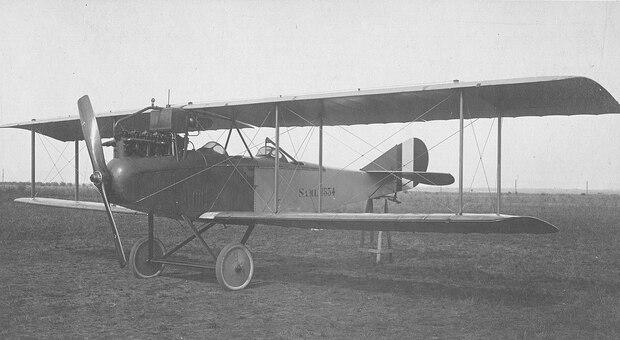L aereo militare dove viaggiavano Ancilotto e il pilota torinese Enrico Fiore