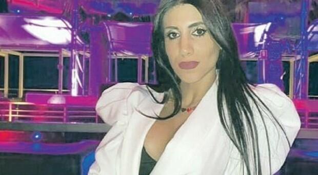 Dora Lagreca, i messaggi all'amica: «Ormai litighiamo sempre». Il fidanzato in ospedale