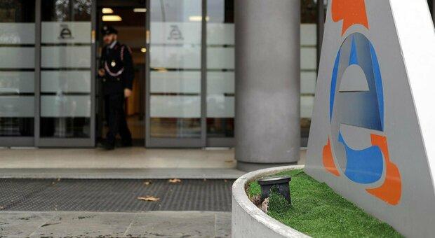 Fisco, parte lo stralcio delle cartelle: come funziona, quali debiti vengono annullati e chi sono i contribuenti interessati