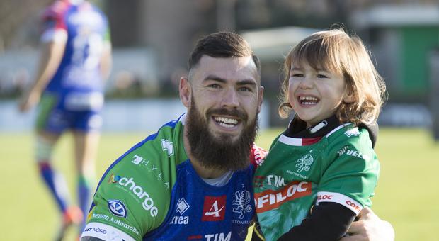 Jayden Hayward con il figlio