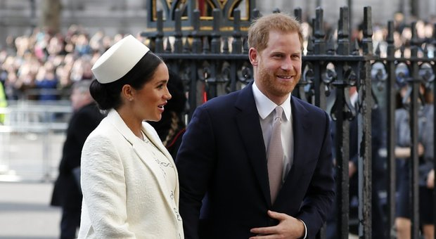 Harry e Meghan Markle, addio a Buckingham Palace: ecco costa sta succedendo