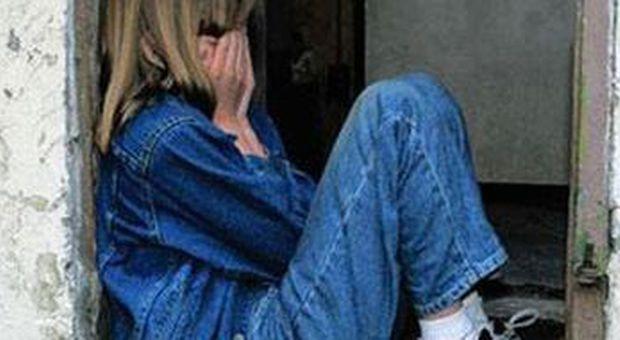 Padova a scuola le dicono tu puzzi tredicenne romena - Si butta dalla finestra milano ...