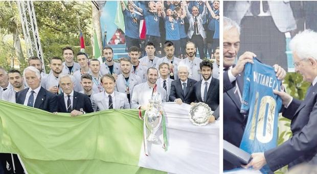 Italia campione d'Europa, diretta. Nazionale da Mattarella e Draghi. Gli azzurri sfilano sul bus scoperto per le vie di Roma