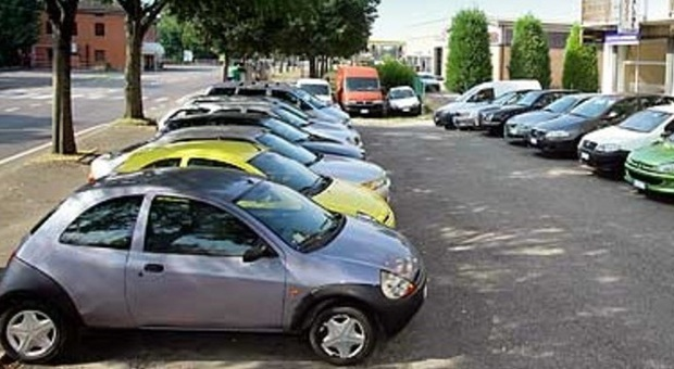 Versa un anticipo per acquistare l 39 auto online poi il venditore sparisce - Anticipo per acquisto casa ...