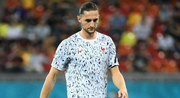 Juventus, Rabiot è positivo al Covid: salta Spagna e Roma. Tutti negativi i suoi compagni di nazionale
