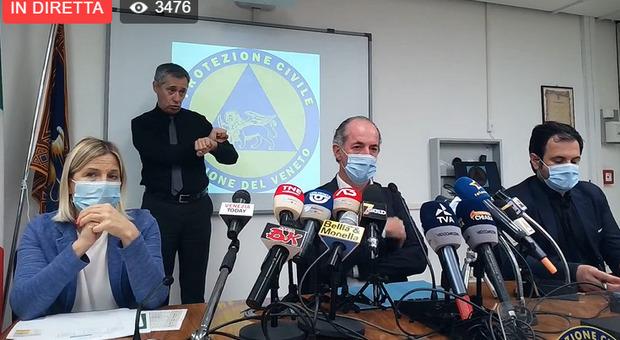 Luca Zaia in diretta oggi, 2 agosto dalla sede della Protezione civile di Marghera