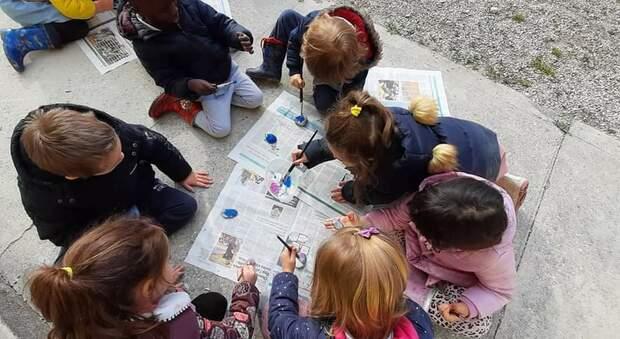 Bambini (foto di reprtorio)