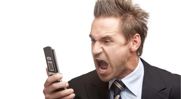 I call center vi tormentano al telefono? Ecco come fare per liberarsene.