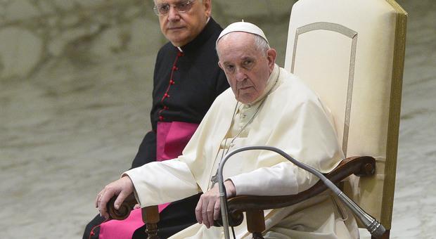 Papa Francesco: «Basta ipocrisia nella Chiesa, mina l'unità»