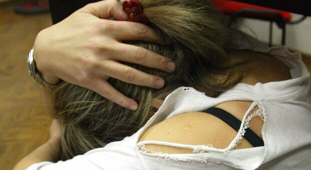 Spagna, nuova legge sulla violenza sessuale: pene inasprite ed è sempre stupro quando non c'è il consenso