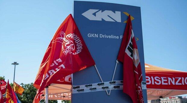 Gkn Firenze, tribunale blocca 422 licenziamenti collettivi: «Condotta antisindacale». Accolto ricorso Fiom