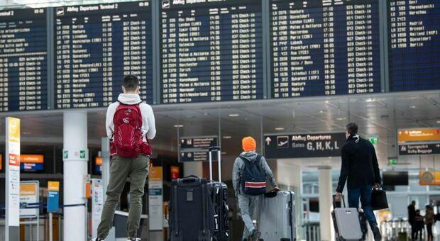 Turismo, incertezza vaccini frena i viaggi di 20 milioni di italiani