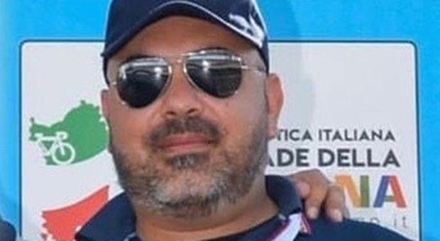 Investito mentre aiuta un automobilista, poliziotto muore in Sardegna