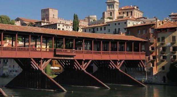 Centrale idroelettrica a 151 passi dal Ponte degli Alpini ...