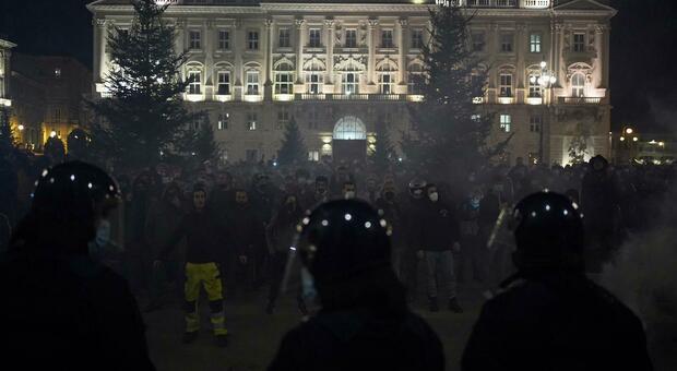 La protesta a Trieste (foto Aiello)