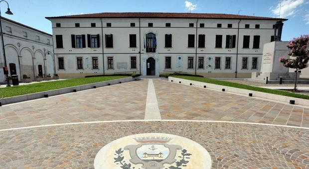 Il municipio di Castelmassa