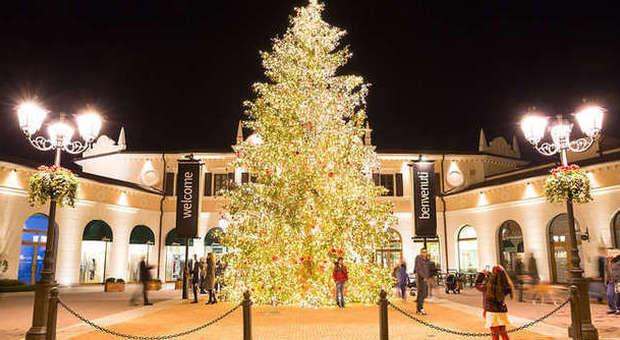 Noventa, s\'accende l\'albero di Natale e parte la raccolta fondi ...