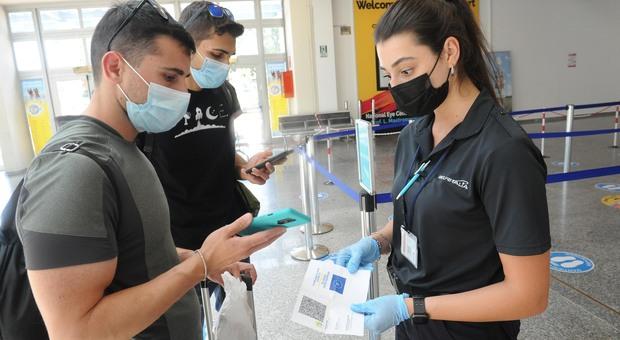 Covid, cinque ragazze positive bloccate a Dubai: dalla vacanza studio all'isolamento