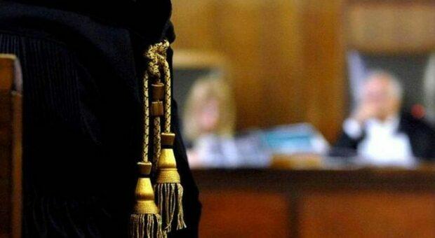 Violentano l'amica, due cugini albanesi condannati a 6 anni e 8 mesi