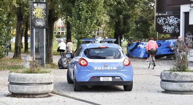 Polizia al parco della Bissuola