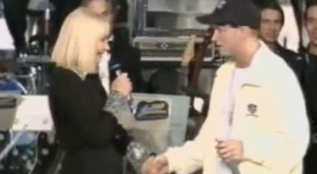 Junior Cally, quando Eminem fece indignare a Sanremo con i versi sessisti